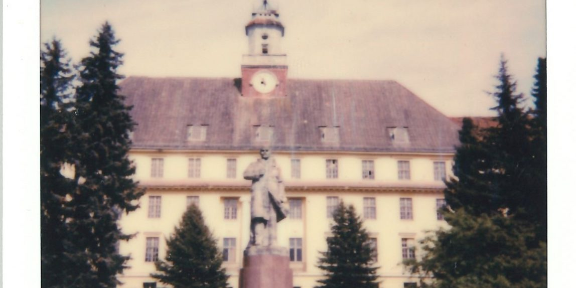 A statue of Lenin in front of the main building of the former militar compley at Wuenstorf